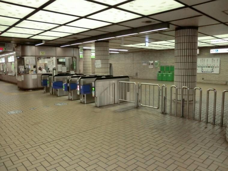 市営地下鉄線 大倉山駅