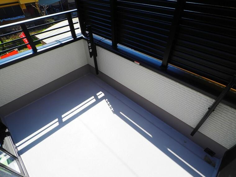 バルコニー 南側バルコニー  陽当たりが良く洗濯物もよく乾きます!
