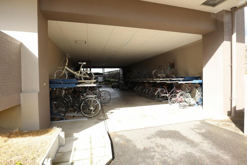 駐輪場 綺麗に管理されております