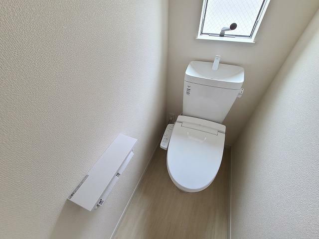 トイレ シャワー機能付です