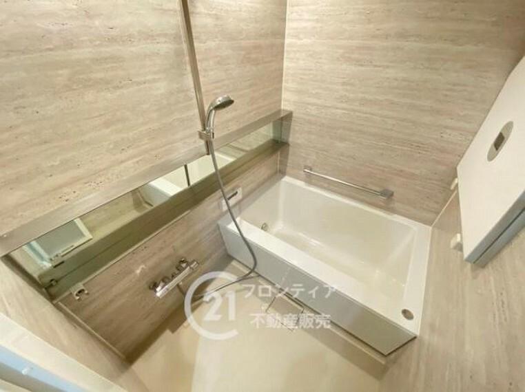 浴室 1日の疲れを癒してくれそうな浴室ですね