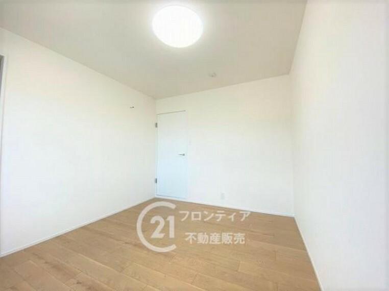 洋室 6.1帖の洋室部分です