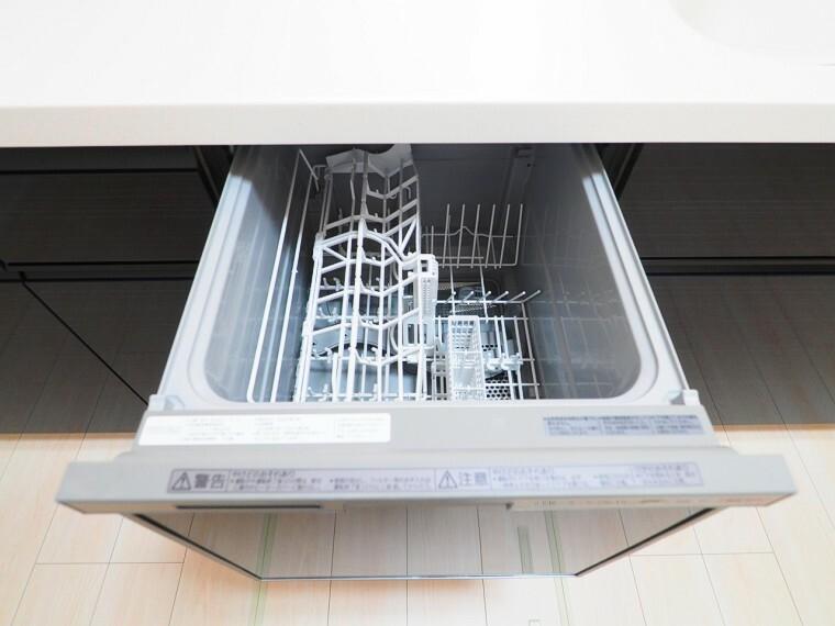 【キッチンイメージ】 後片付けもラクラク!うれしい食器洗乾燥機付