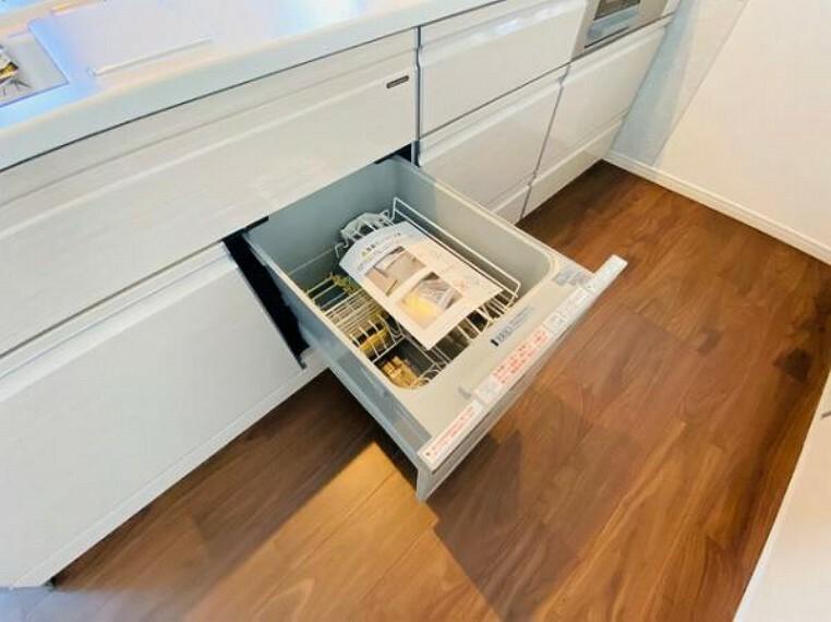 食洗器付きで家事負担の軽減になりますね
