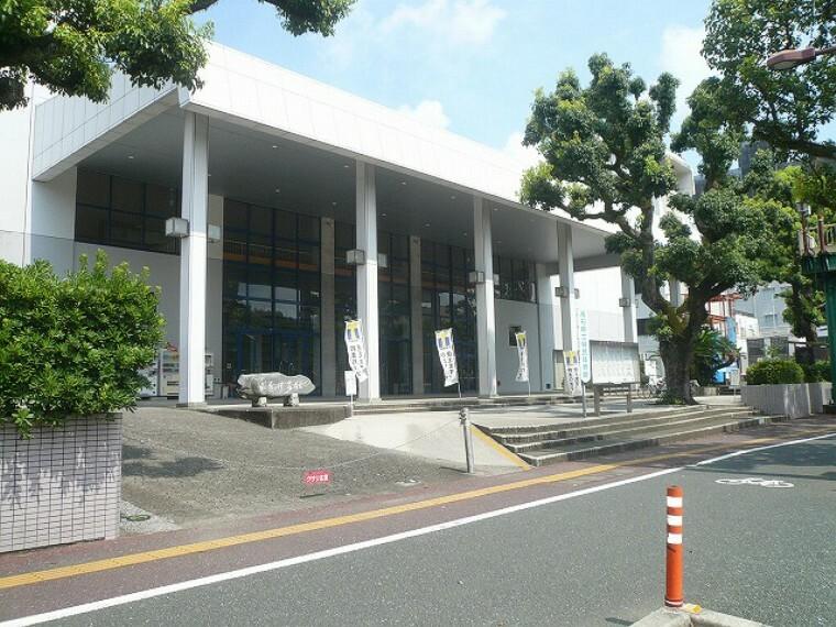 【スポーツ施設】高知県立県民体育館まで107m