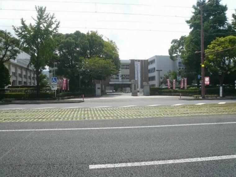 高校・高専 【高校】高知工業高等学校まで454m