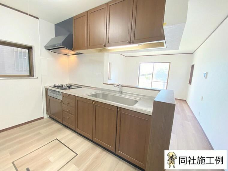 キッチン リビングが見渡せる対面式キッチン。