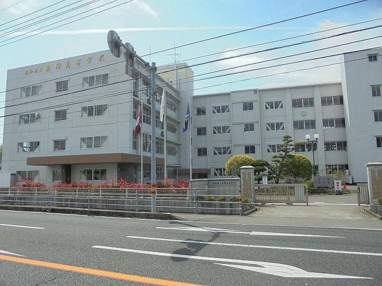 高校・高専 【高校】高岡高校まで190m