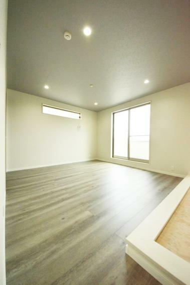 3階 8.5帖の洋室