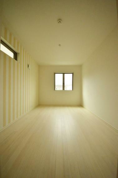 洋室 3階 6帖の洋室