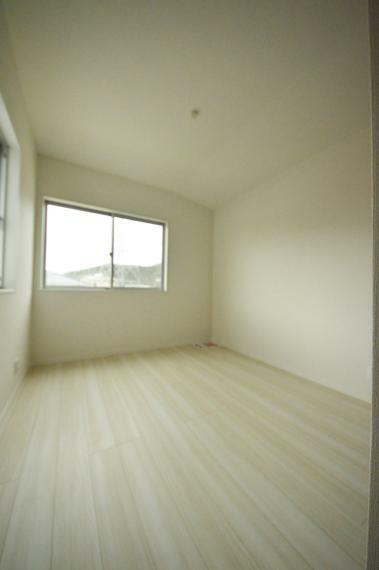 洋室 5.2帖の洋室