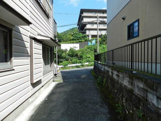 現況写真 通路(建物側から撮影)