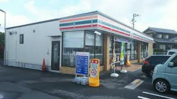 コンビニ 【コンビニエンスストア】セブンイレブン 神戸櫨谷町長谷店まで1016m