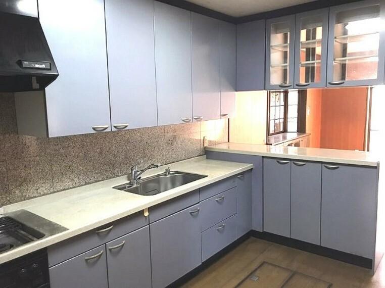 キッチン キッチンスペースは動きやすく広々!