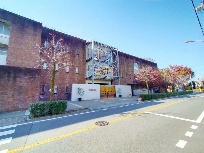 小学校 武蔵野市立千川小学校 徒歩7分。