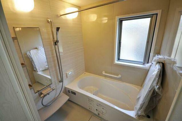 浴室 浴室乾燥機付き。