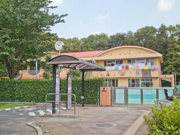 幼稚園・保育園 松井保育園(1049m)