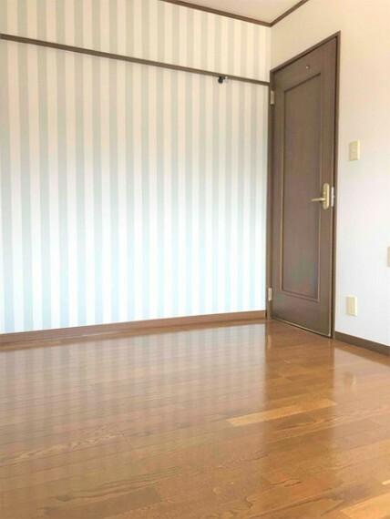 洋室 洋室・家族構成に合わせて様々な用途でお使いいただけるお部屋です。