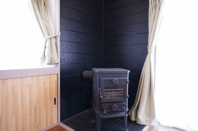 冷暖房・空調設備 暖炉あります!