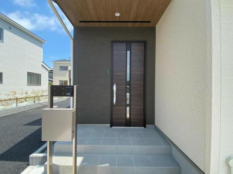 玄関 (玄関)こだわりのデザインをぜひ一度見学に来てください