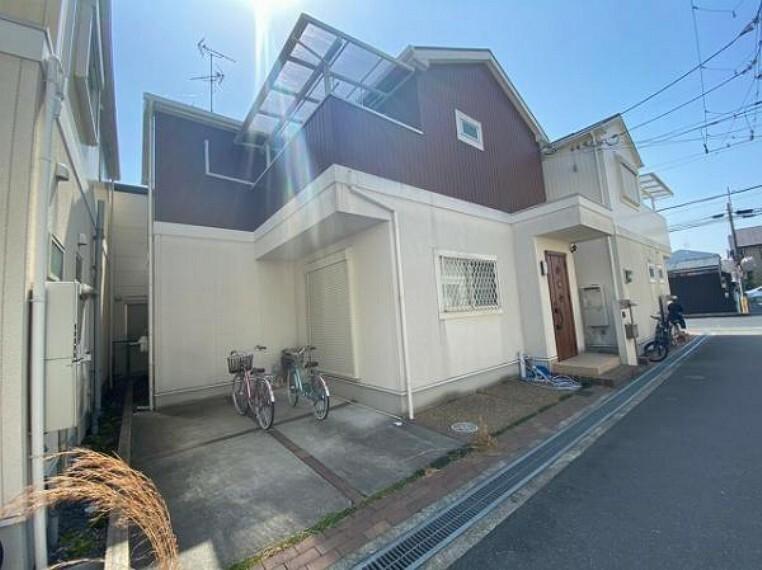 外観写真 L字型キッチン使用で家事がスムーズ!