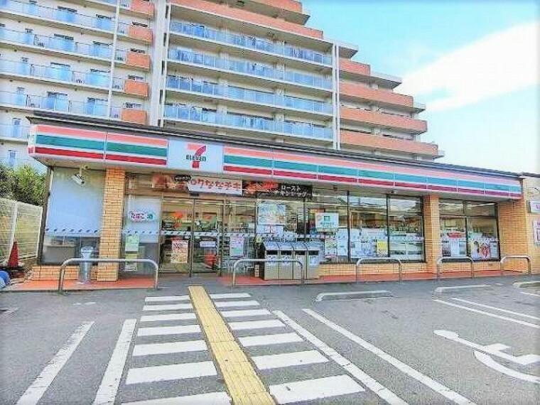 コンビニ セブンイレブン 寝屋川黒原新町店