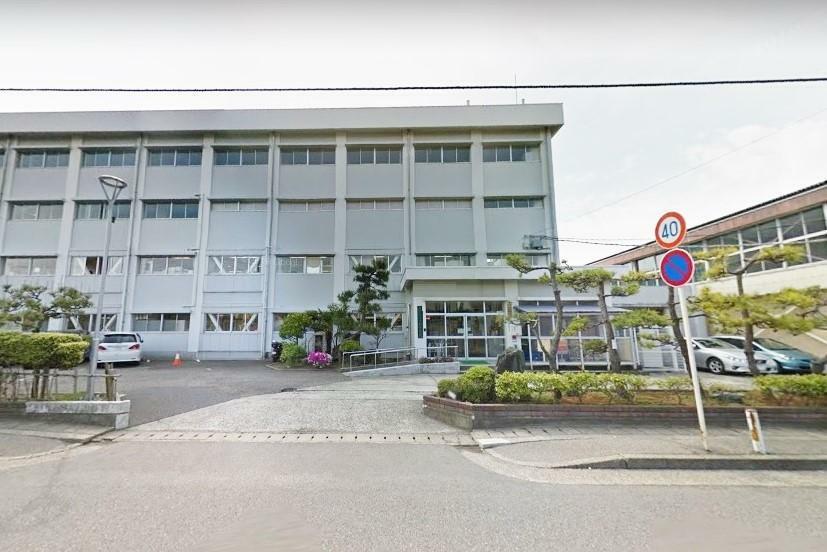 中学校 新潟市立小針中学校