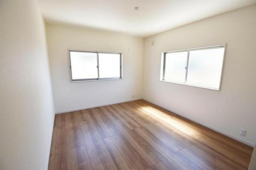 洋室 洋室 子供部屋にも嬉しい全居室収納スペース