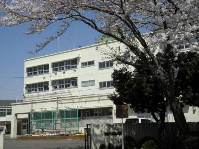 中学校 中田中学校まで徒歩10分(789m)