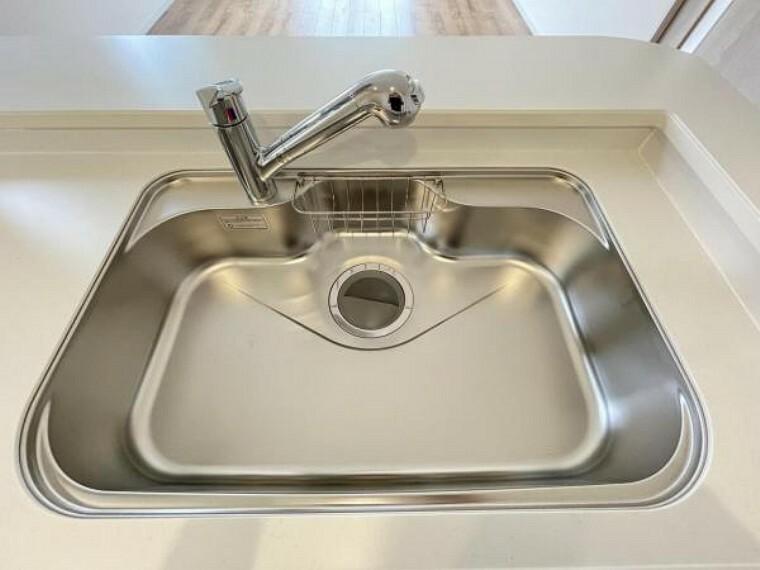 【浄水器一体型水栓】蛇口の先端に浄水器を内蔵。場所をとらない画期的な浄水器!
