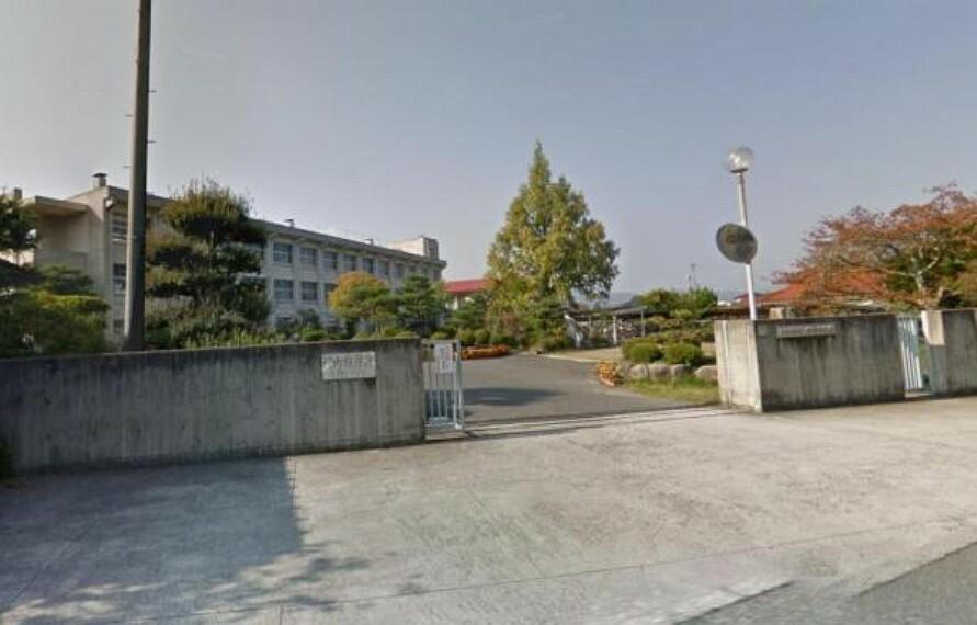 中学校 東広島市立向陽中学校 2763m