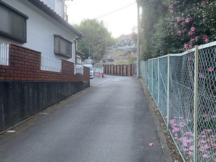 現況写真 小田急線「本厚木」駅よりバス利用可能です。