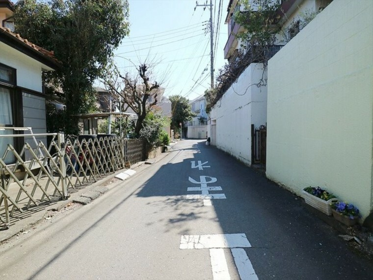 現況写真 車通りが少なく、歩行も安心です。