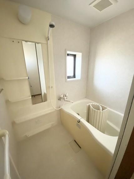 浴室 2F