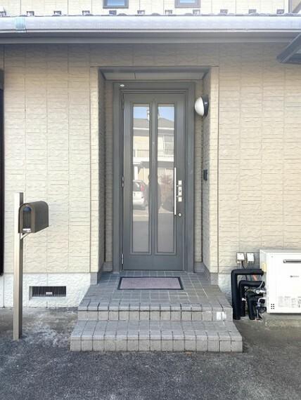 玄関 2F
