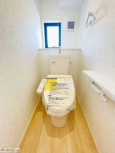 トイレ ウォシュレットトイレ完備。