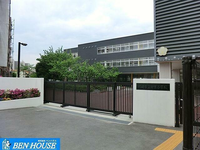 小学校 川崎市立御幸小学校 徒歩9分。教育施設が近くに整った、子育て世帯も安心の住環境です。