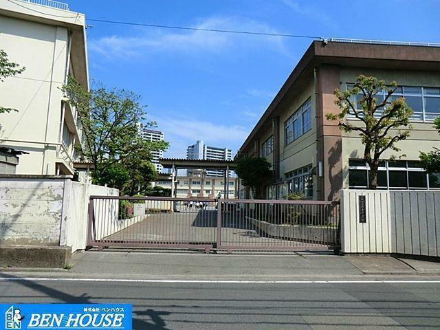 中学校 川崎市立御幸中学校 徒歩7分。部活動帰りの帰宅も安心の距離です!