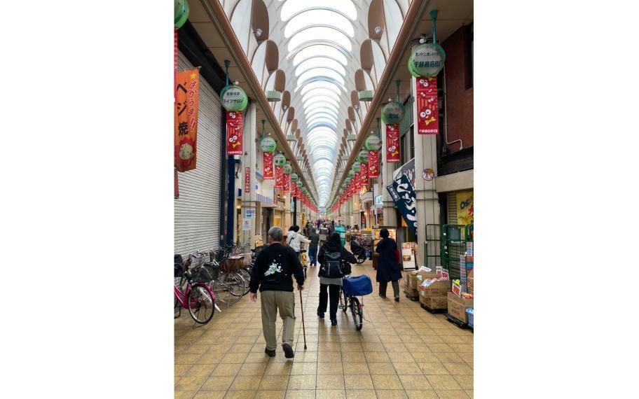 周辺の街並み 千林商店街■商店街はお買い物に便利なだけではなく、雨の日は傘をささずに行き来ができ、とても快適です!