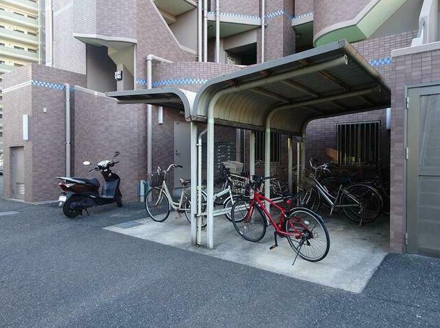 駐輪場 駐輪場!