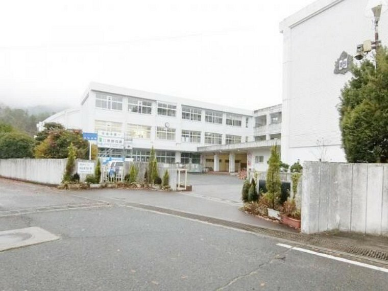 中学校 熊野東中学校