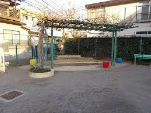 公園 北区立西ヶ原三丁目児童遊園まで521mです。