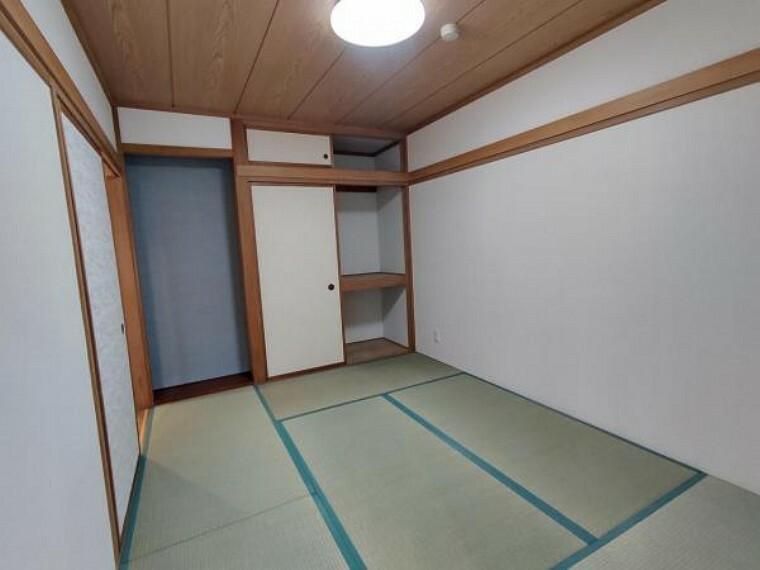 【リフォーム済】和室の別角度です。襖はシートを張って仕上げました。