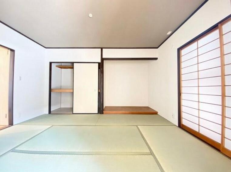 和室 すぐに横になれてほっと一息つける和室あり
