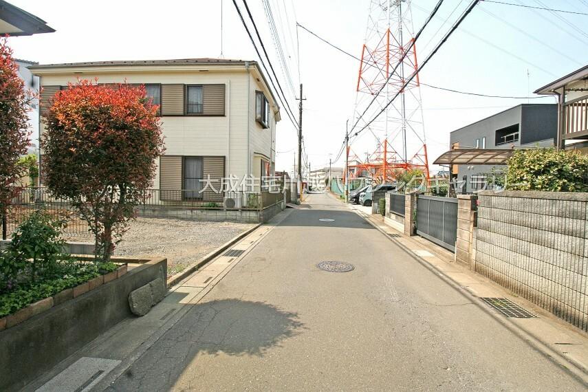 現況写真 前面道路 現地写真2021.4.1撮影(更地)
