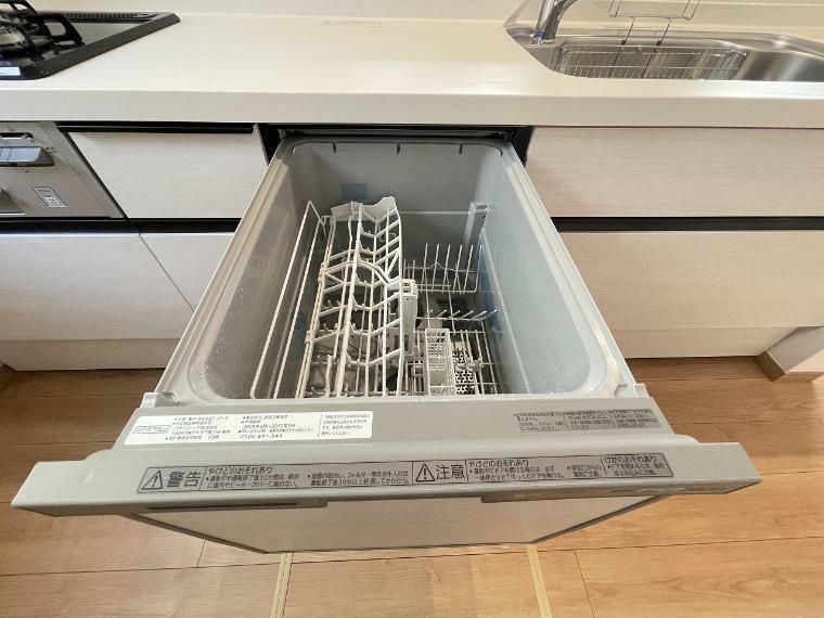 キッチン キッチンには食洗機付 後片付けの時間短縮でおかずも一品増えるかも