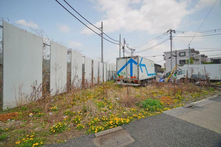 現況写真 三鷹市北野3丁目の限定1区画の土地。京王線『仙川』駅徒歩17分の立地です。