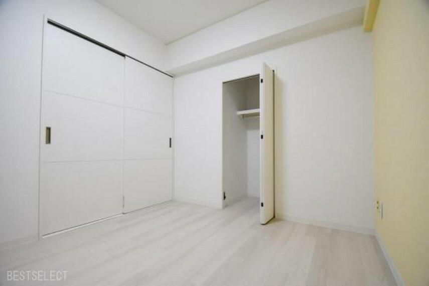 部屋ごとに設けた収納は住みやすさへのこだわり:洋室約4.5帖