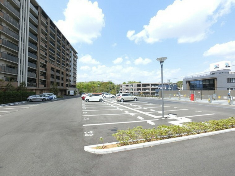 敷地内駐車場 駐車場の空き状況等お問い合わせください