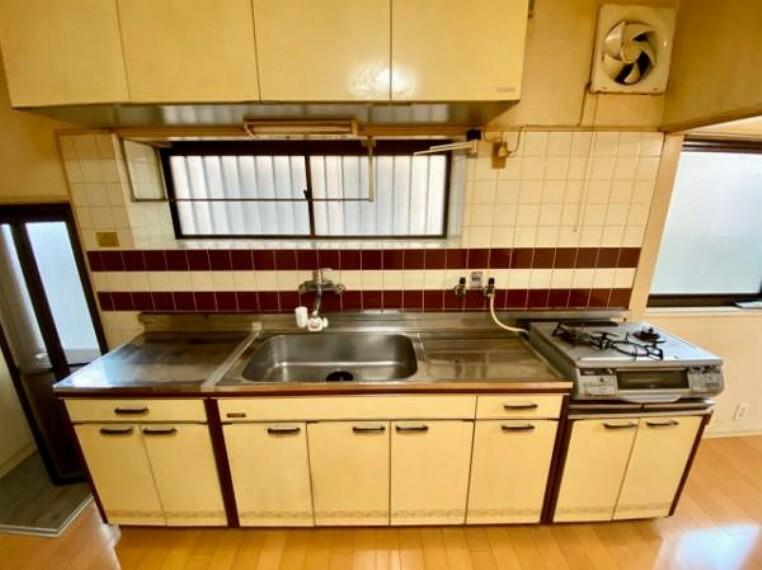 キッチン 広めのキッチンでお料理もはかどりますね!